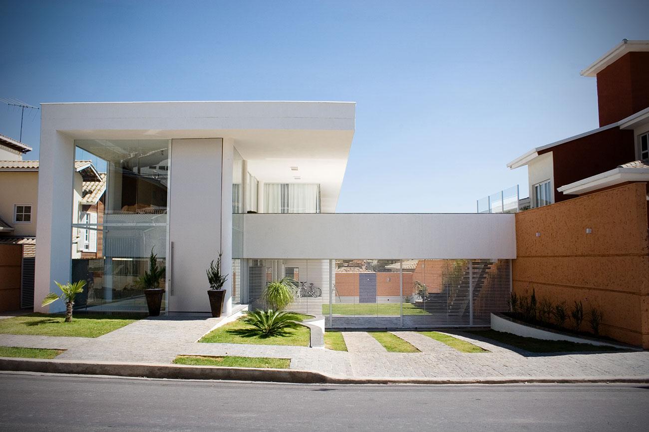 Casa condom nio fazenda da serra b l arquitetura for Fachadas de casas modernas em belo horizonte